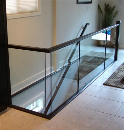 relkie-art-glass-railing.jpg