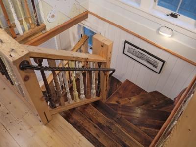 cape-cod-home-18_Staircase.jpg