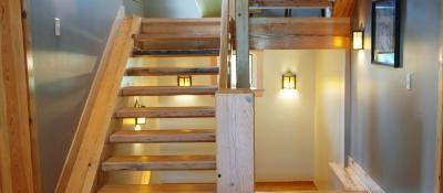 Heart-Pine-Stairs.jpg