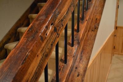 reclaimed_timber_stair_railing_4.jpg