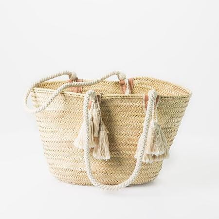 Our popular straw tote is on sale for $80! This versatile straw tote is great all year round for use at the farmer's market or grocery store. Completely handwoven, cotton straps are reinforced to the basket with durable leather stitching. Buy anytime from our online store shop-btla.com. . . . #strawbag #tote #beachbag #bag #purse #btlabus #blackfriday #smallbusinesssaturday #shopsmall #handbag #beautifulthings #gift #giftideas #giftideasforher