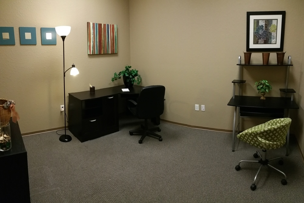 Beautiful 130 square foot luxury office space available for lease. This spacious office is located in the serene and peaceful setting of Suite # 104. It has it's own private waiting area just outside the door and can easily accommodate 2 functional work spaces. Call today for more information or stop in for a complimentary tour of our facility and experience Copperstone Executive Suites for yourself! 813-298-7363
