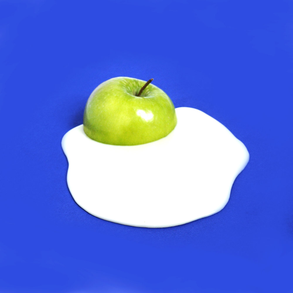 SaraChaudhuri-AppleSpill.jpg