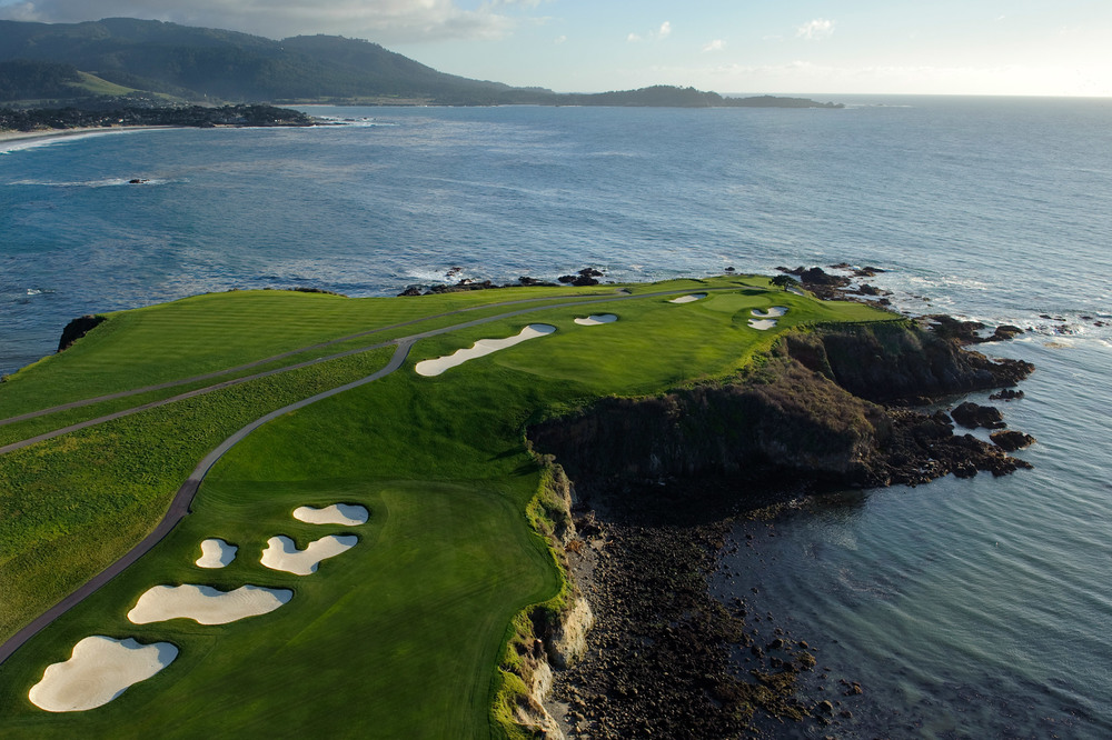 Pebble-Beach-Golf1.jpg