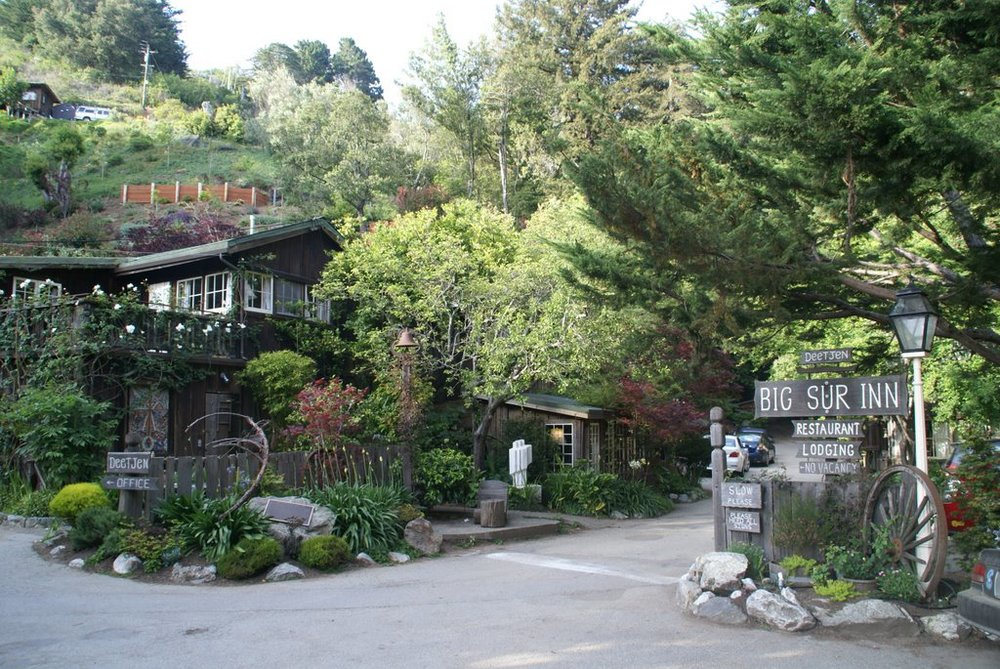 Deetjens - Big Sur Inn
