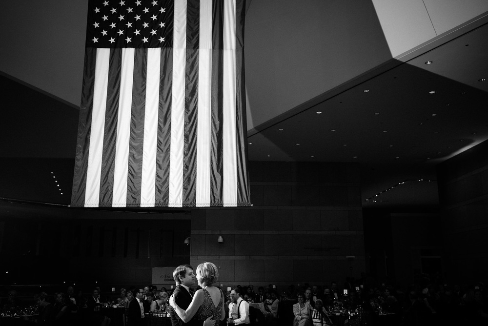 constitution center and hyatt penns landing wedding photos