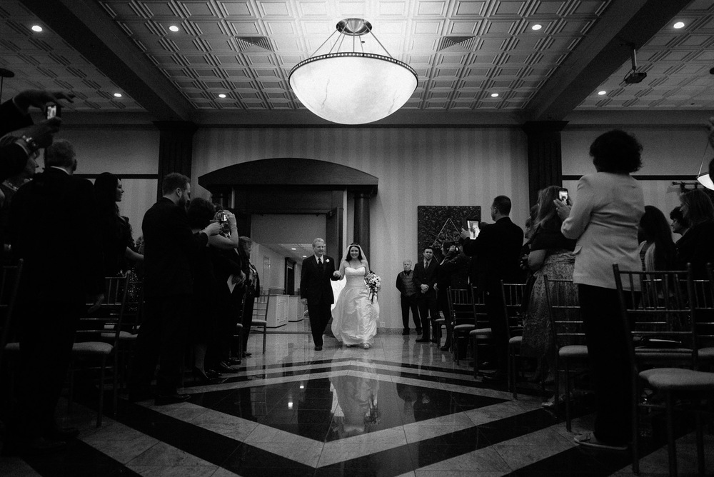 south gate manor wedding photos