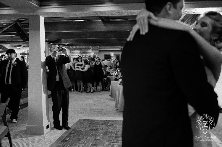 nauvoo grill club wedding photos