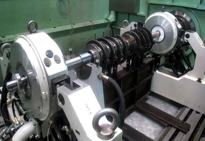 Rotor high speed balancing test
