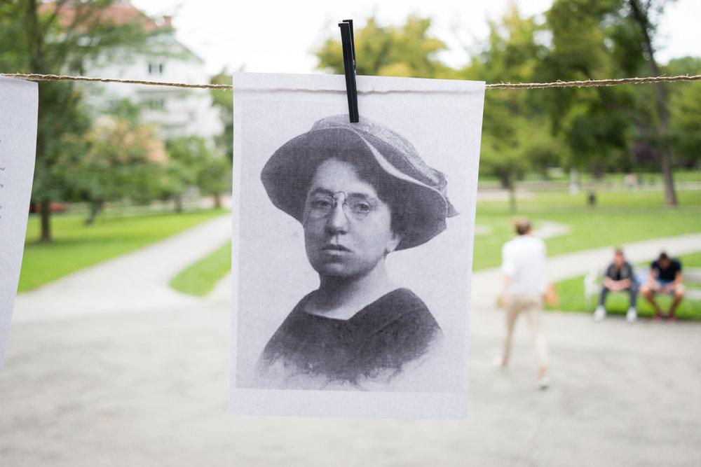 Vsi smo Emma Goldman dramaturgija kolektivne avtobiografije