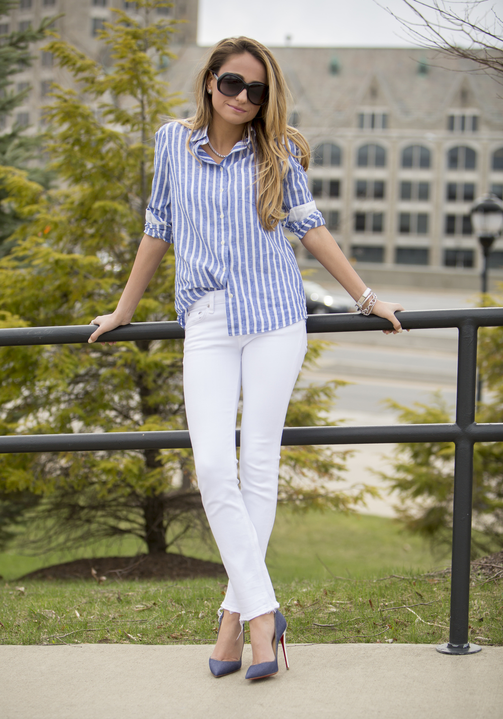 Jeans:  Rag&Bone  |Shirt:  JCrew  |Pumps:  Christian Louboutin