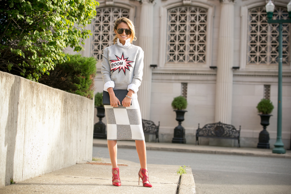 MSGM graphic sweatshirt, 10 Crosby Derek Lam checkered skirt, and red Alexandre Birman pumps worn by Lauren Recchia