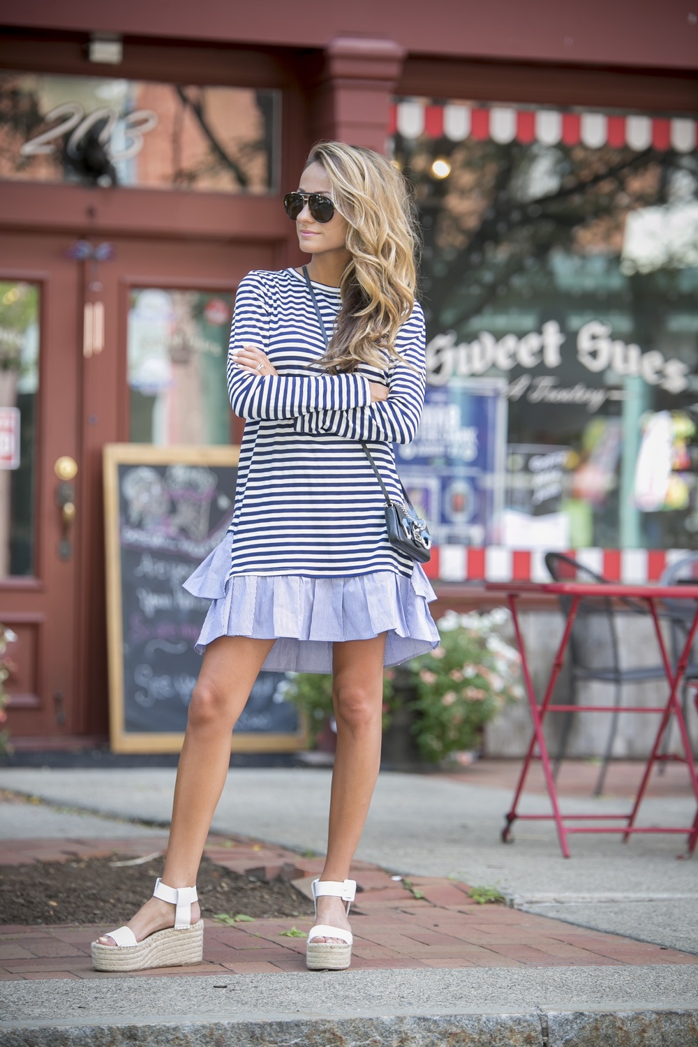 streetstyle for the fourth of July in navy stripes