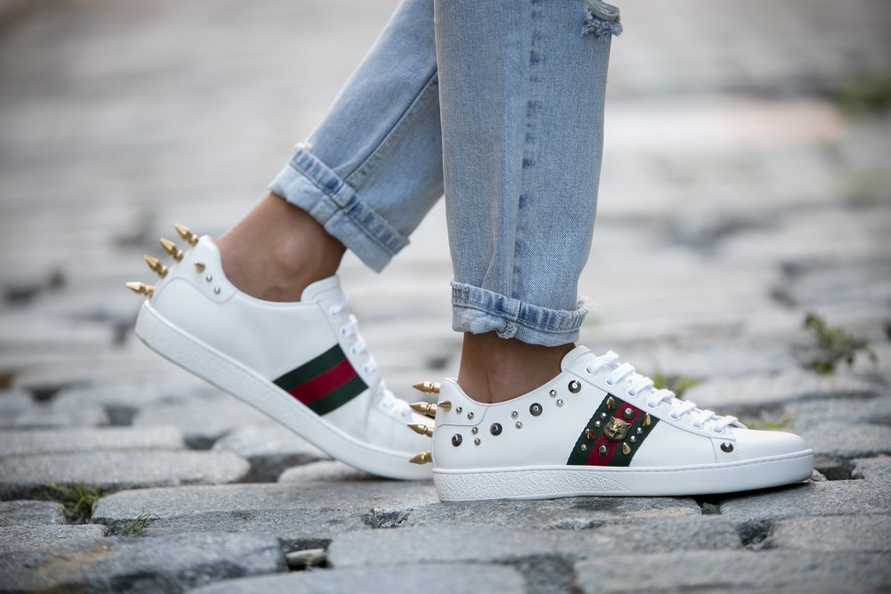 Knit: Topshop |Denim: Topshop |Sneakers: Gucci     Dino Petrocelli Photography