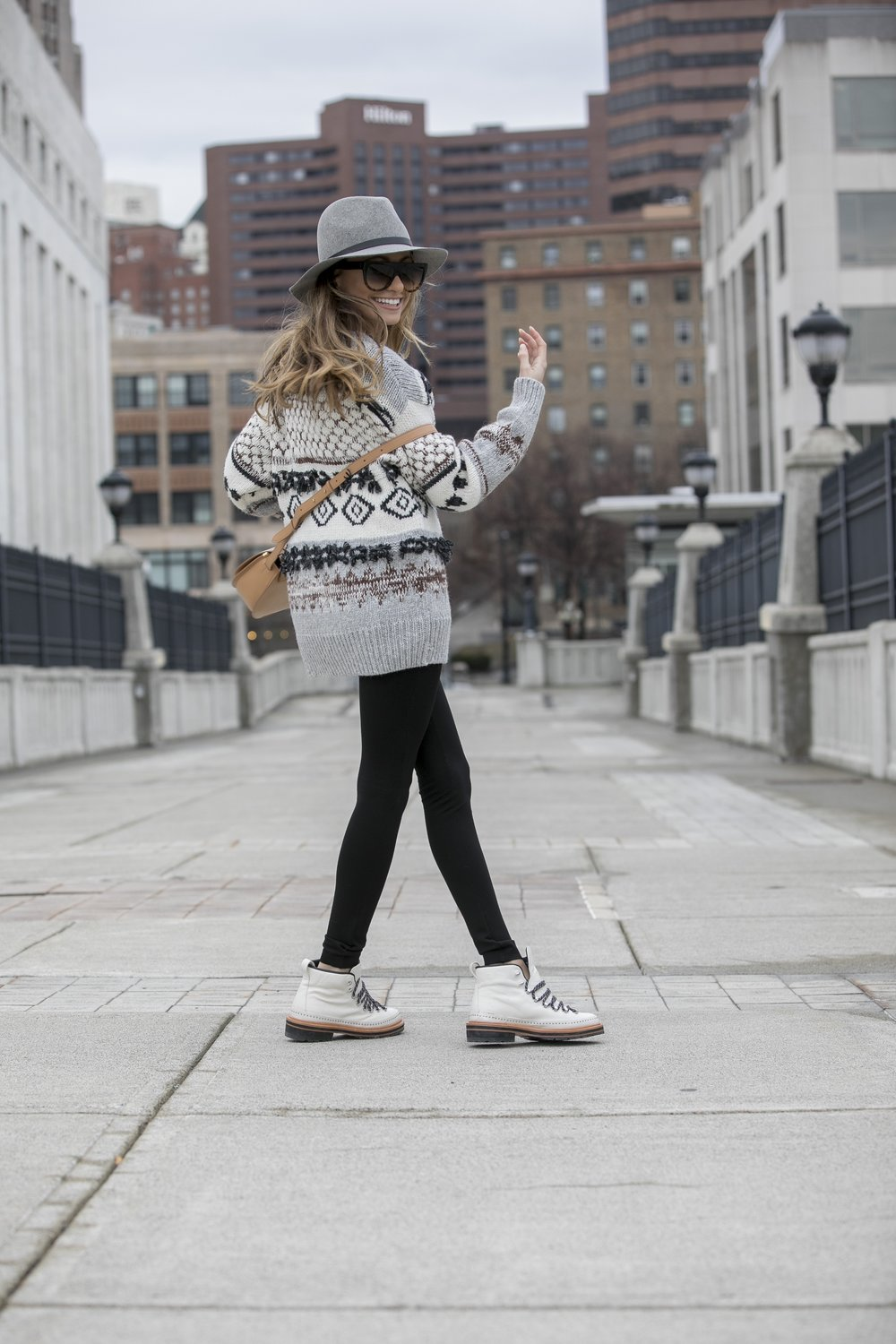 Fedora:Rag&Bone|Sweater:Current/Elliott|Boots:Rag&Bone|Bag:Cuyana Dino Petrocelli Photography