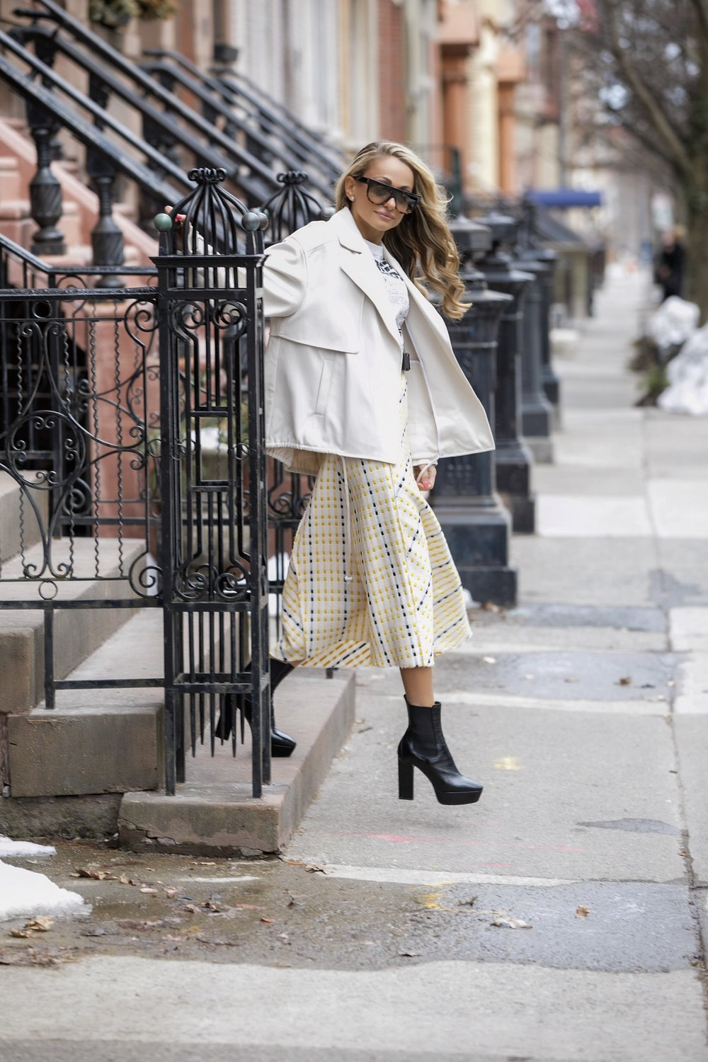 spring trench jacket trend streetstyle