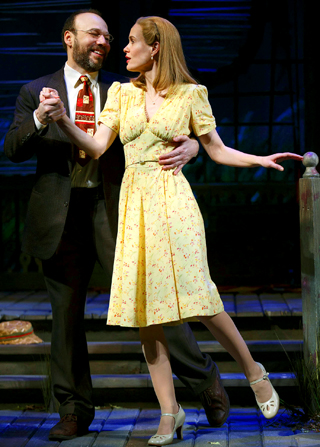 Danny Burstein (Matt Friedman) & Sarah Paulson (Sally Talley)