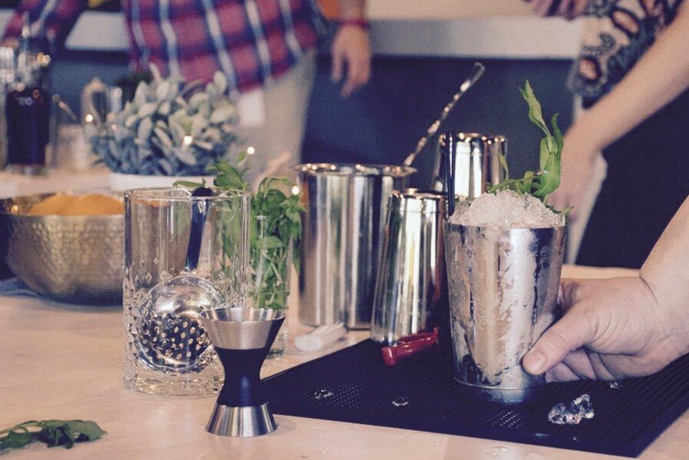 Austin_Event_Bartender_Cocktail_Class3.jpg