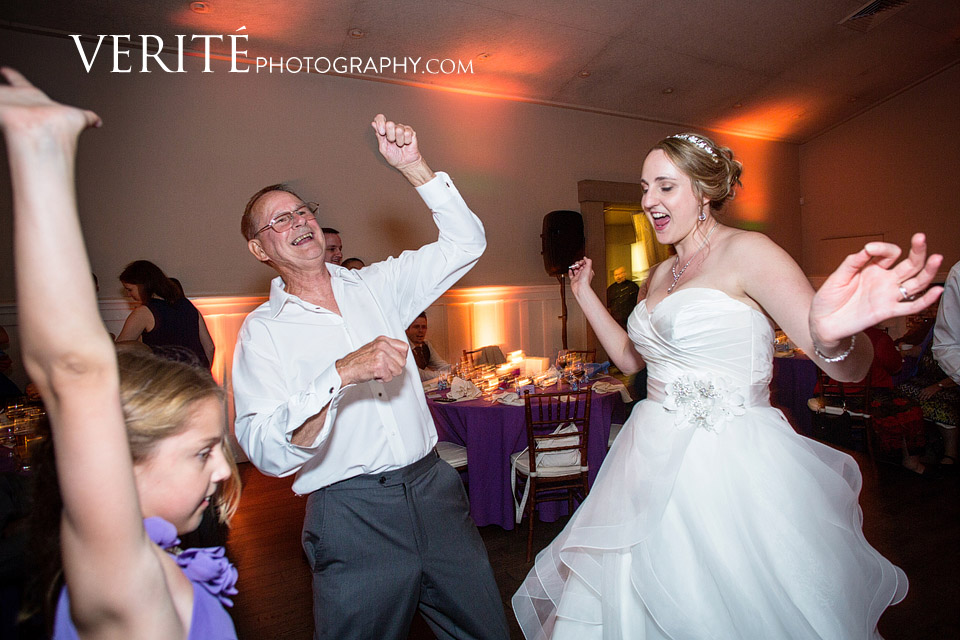 050_wedding_photographer_paradise_ridge_WesKri_062.jpg