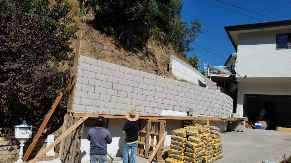 concrete block wall santa monica.PNG