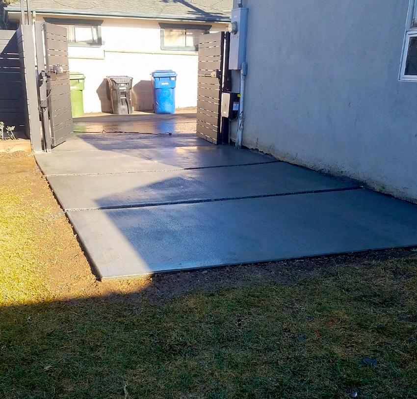 driveway installation - concrete - los angeles.PNG