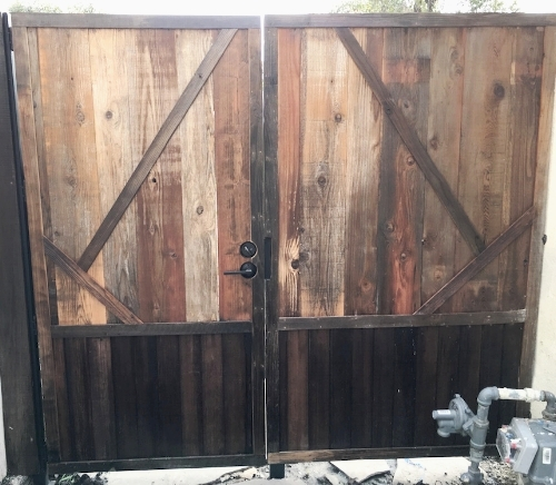 Recylcled wooden gate los angeles.JPG