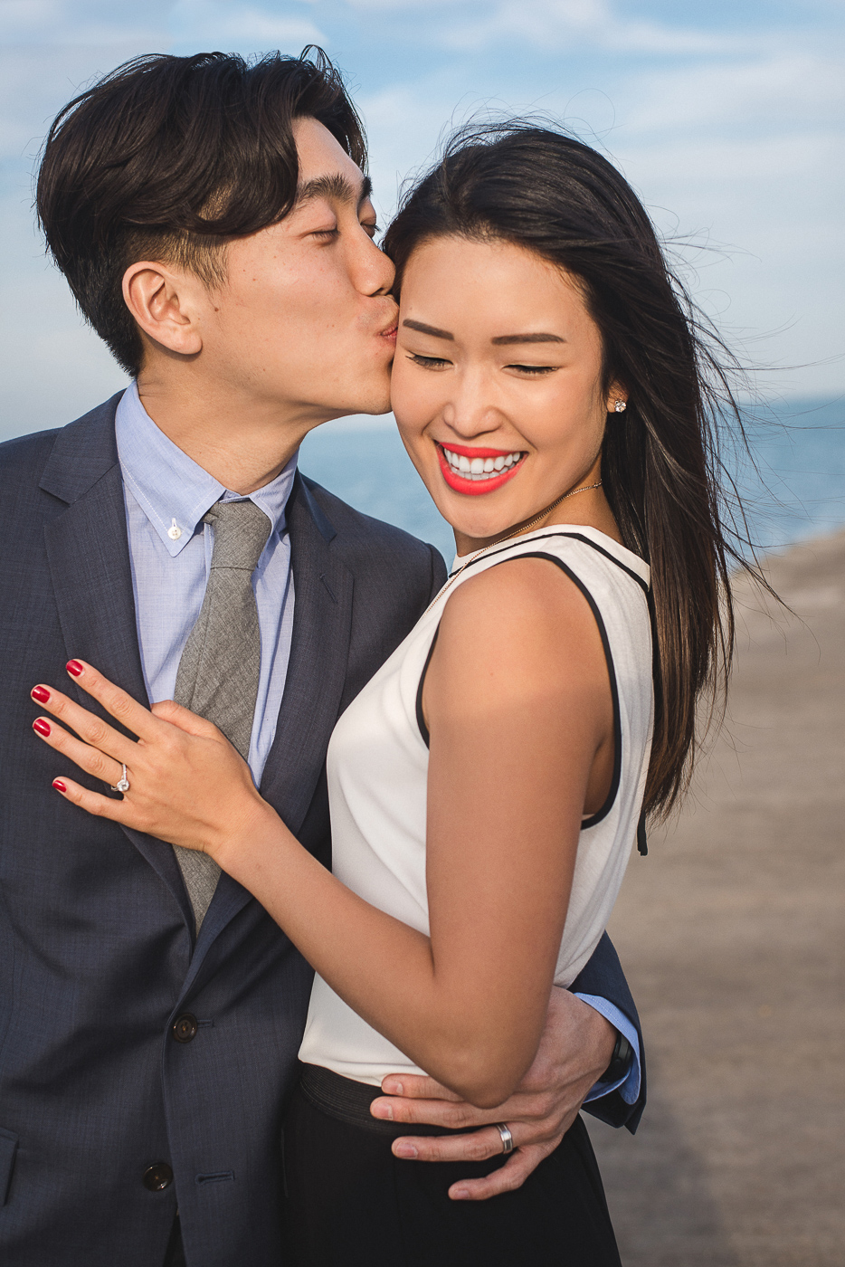 Zoe_Rain_Chicago_Engagement_Shoot_Wedding_Photography_Couple_-12.jpg