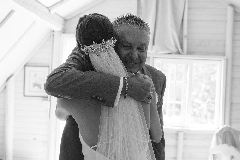 BEST_CHICAG_WEDDING_PHOTOGRAPHER_ZOE_RAIN_-28.jpg