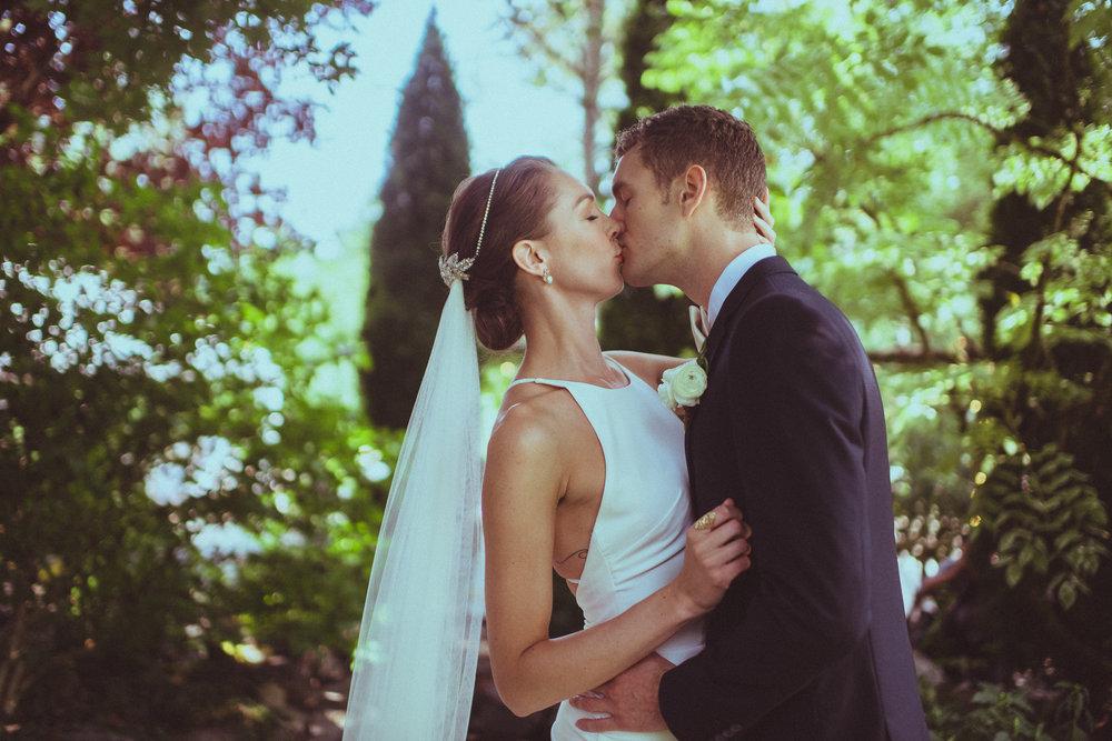 BEST_CHICAG_WEDDING_PHOTOGRAPHER_ZOE_RAIN_-34.jpg
