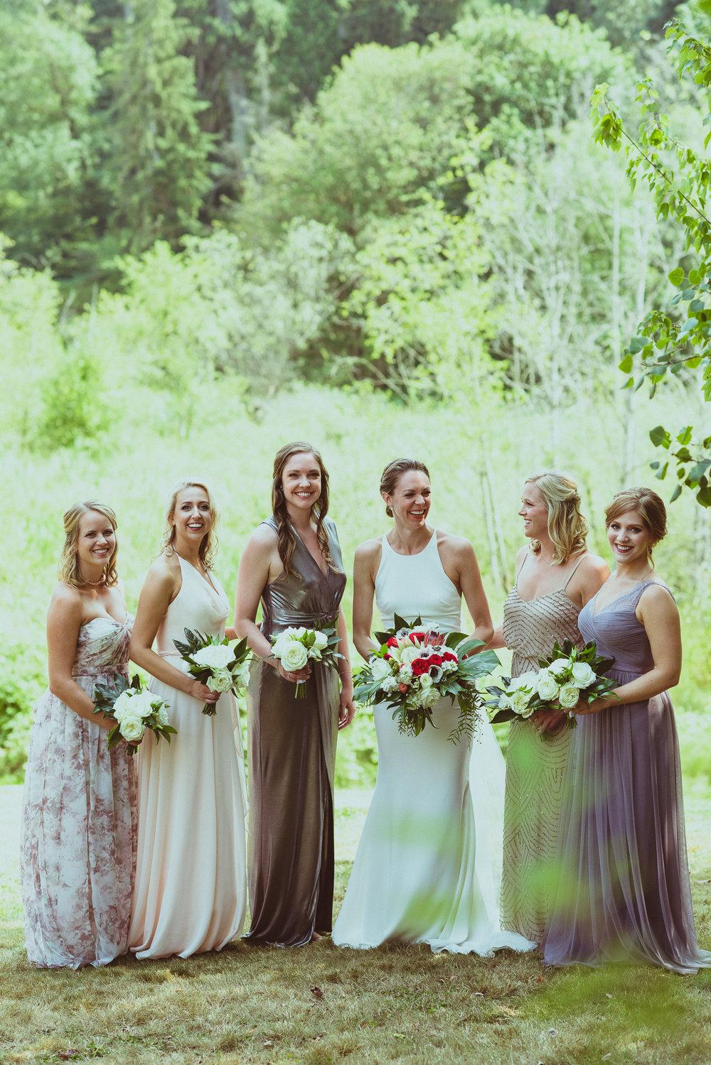 BEST_CHICAG_WEDDING_PHOTOGRAPHER_ZOE_RAIN_-38.jpg