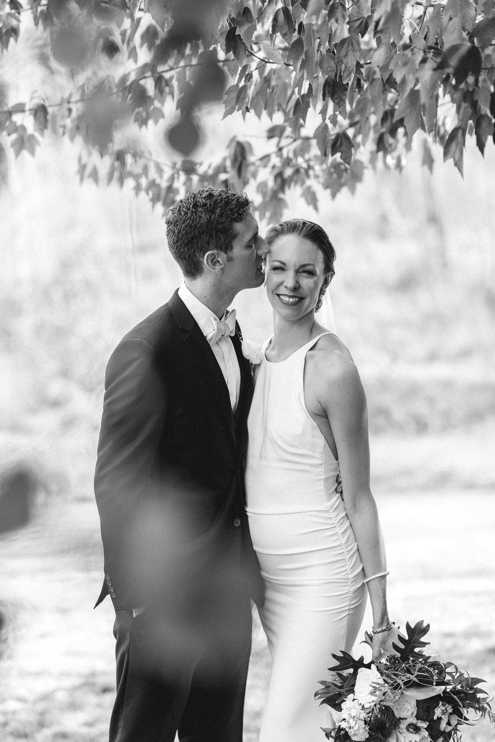 BEST_CHICAG_WEDDING_PHOTOGRAPHER_ZOE_RAIN_-43.jpg