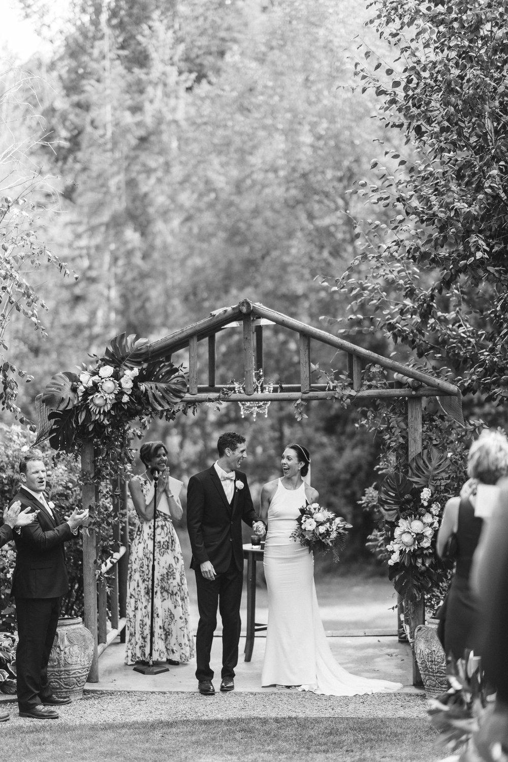 BEST_CHICAG_WEDDING_PHOTOGRAPHER_ZOE_RAIN_-64.jpg