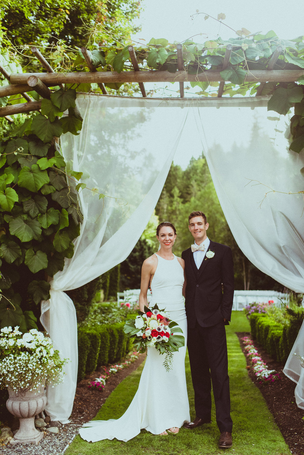 BEST_CHICAG_WEDDING_PHOTOGRAPHER_ZOE_RAIN_-69.jpg