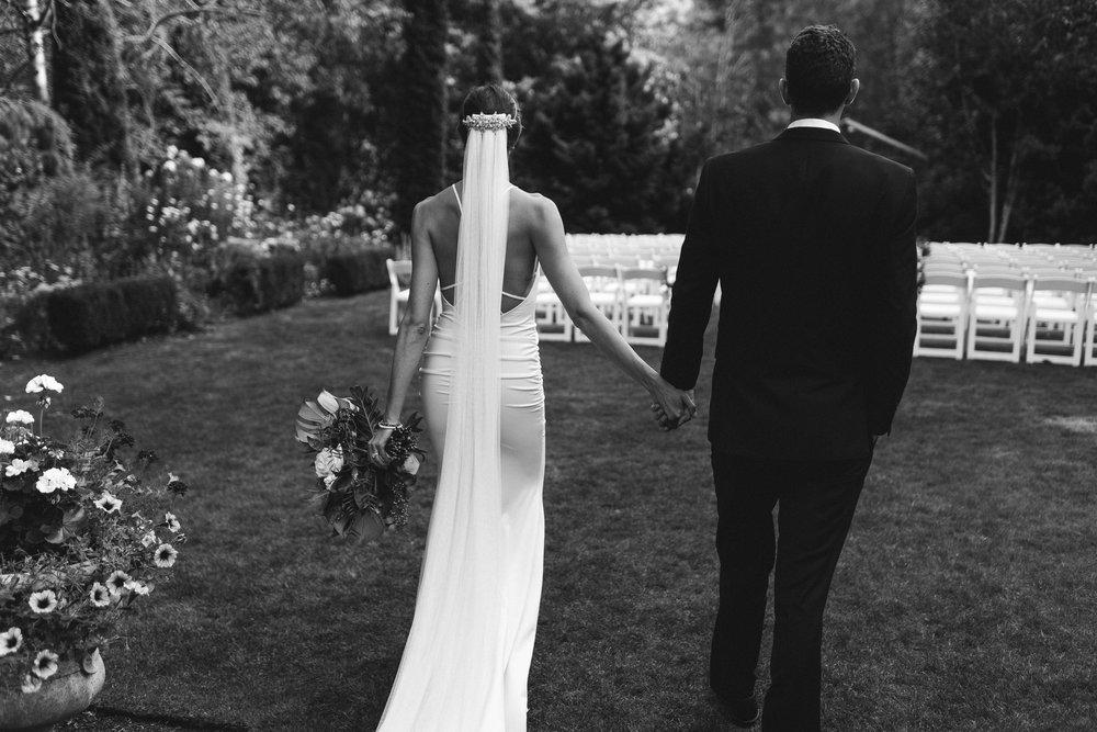 BEST_CHICAG_WEDDING_PHOTOGRAPHER_ZOE_RAIN_-70.jpg