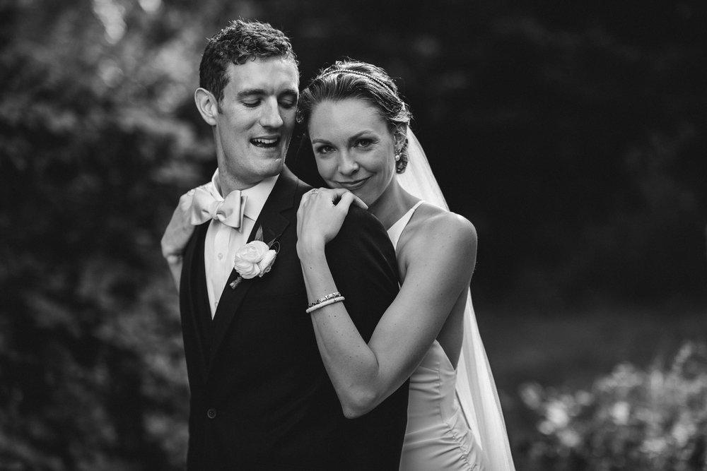 BEST_CHICAG_WEDDING_PHOTOGRAPHER_ZOE_RAIN_-76.jpg