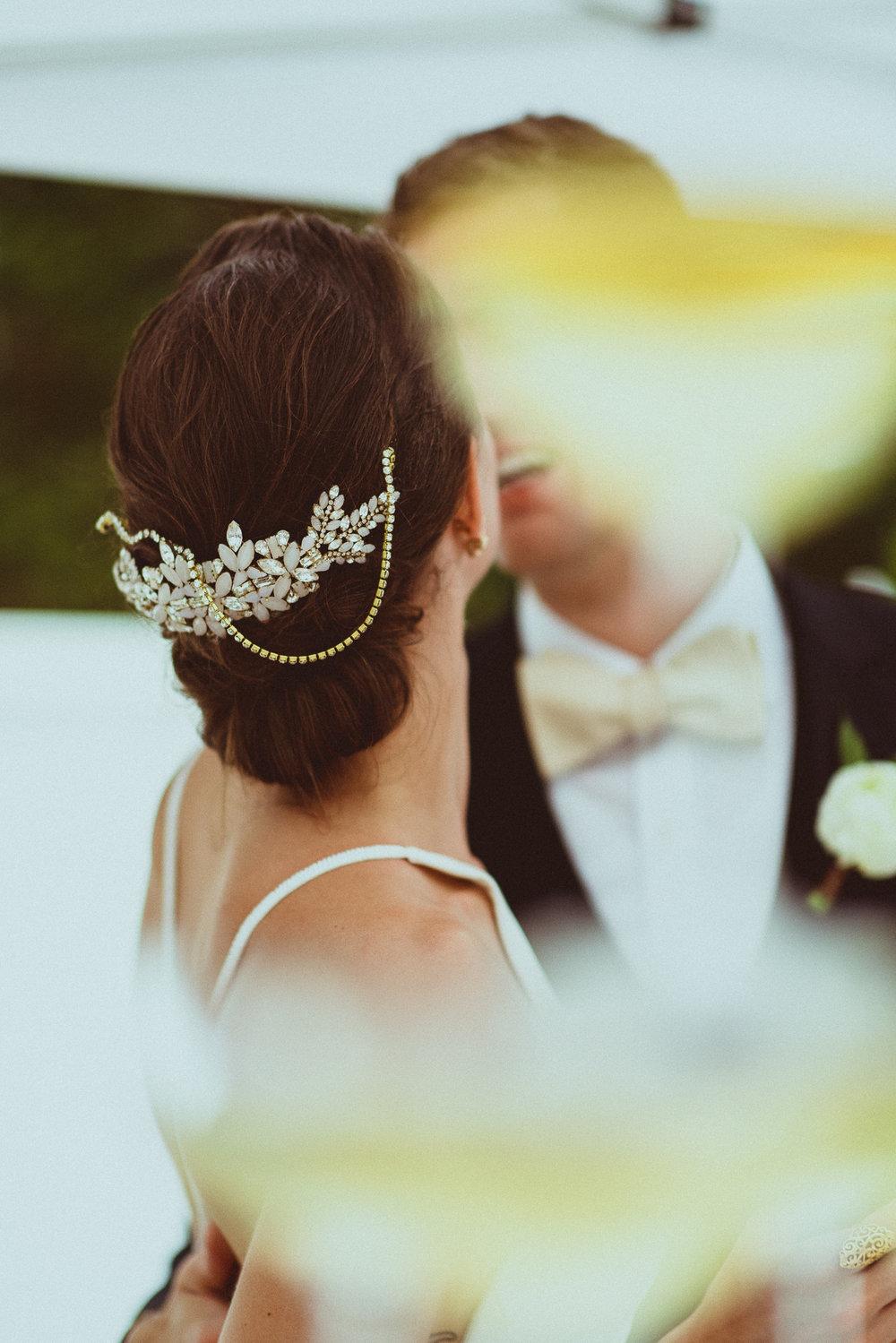 BEST_CHICAG_WEDDING_PHOTOGRAPHER_ZOE_RAIN_-90.jpg