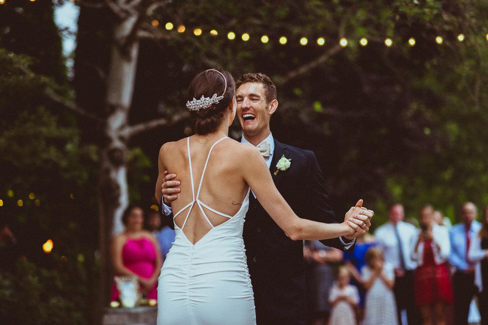 BEST_CHICAG_WEDDING_PHOTOGRAPHER_ZOE_RAIN_-105.jpg