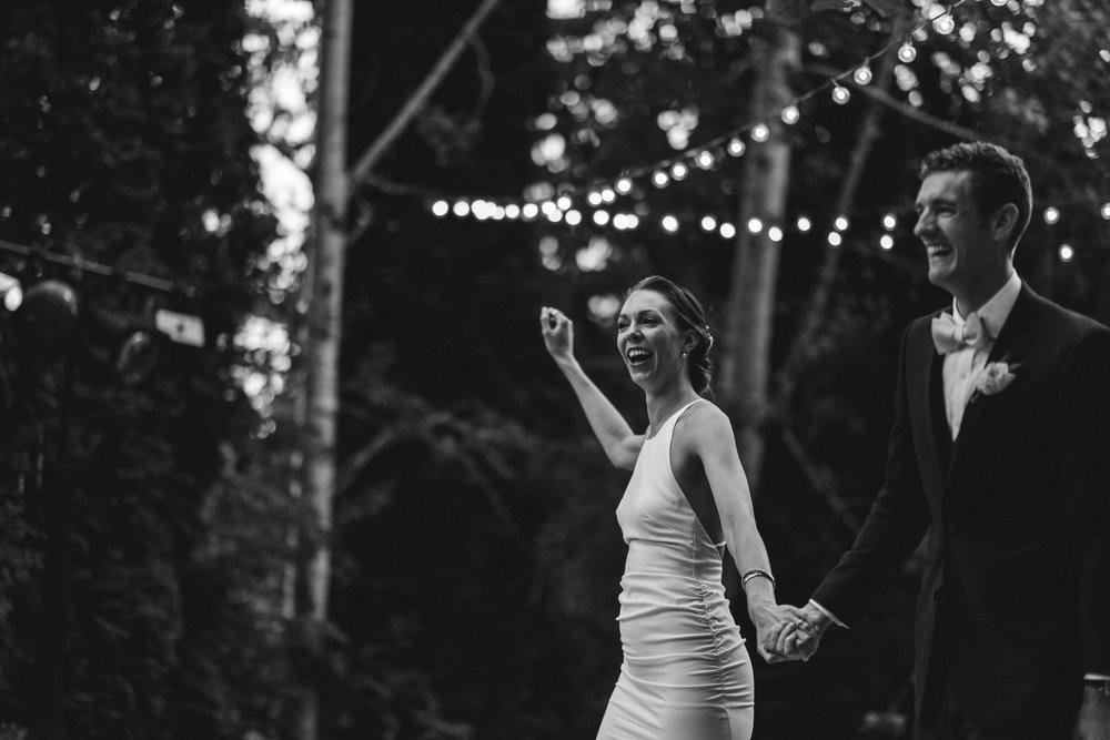 BEST_CHICAG_WEDDING_PHOTOGRAPHER_ZOE_RAIN_-109.jpg