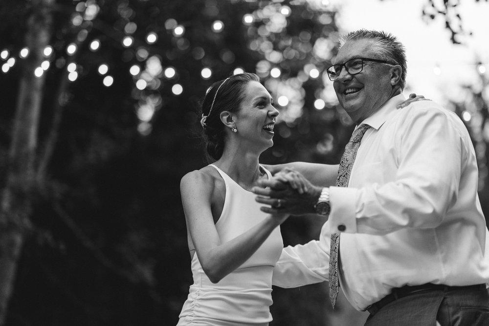 BEST_CHICAG_WEDDING_PHOTOGRAPHER_ZOE_RAIN_-110.jpg