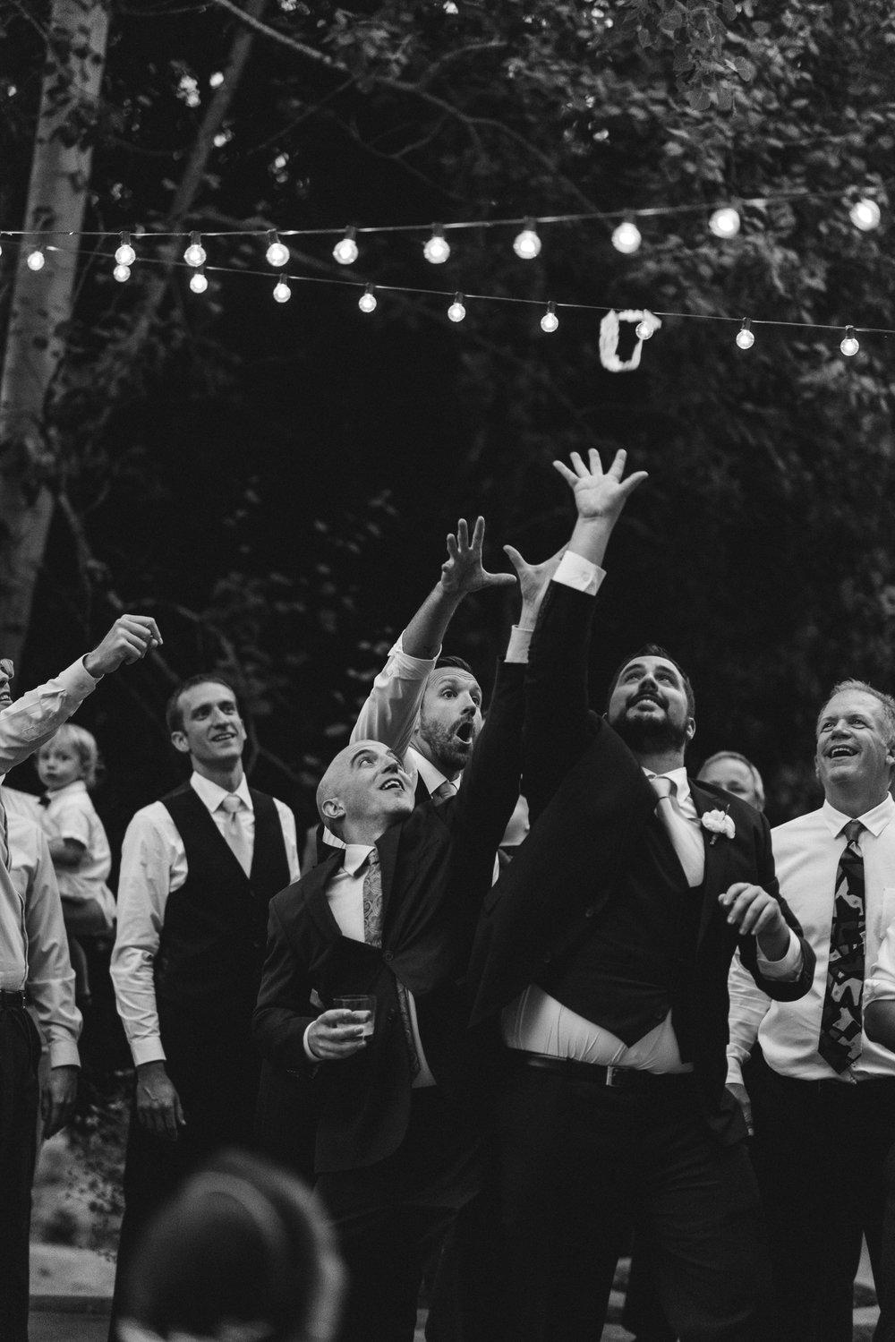 BEST_CHICAG_WEDDING_PHOTOGRAPHER_ZOE_RAIN_-123.jpg
