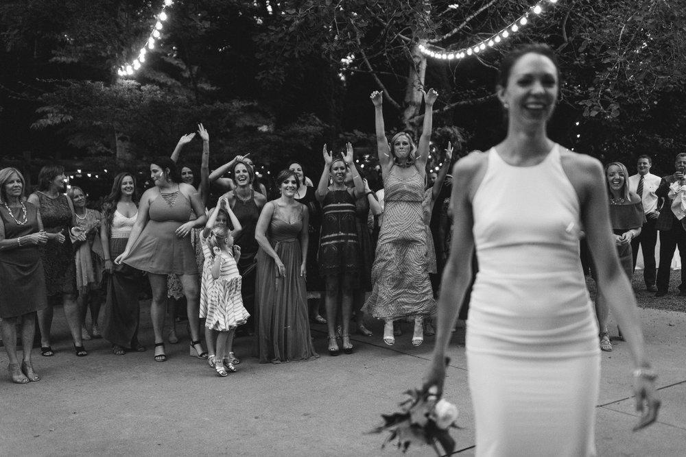 BEST_CHICAG_WEDDING_PHOTOGRAPHER_ZOE_RAIN_-125.jpg