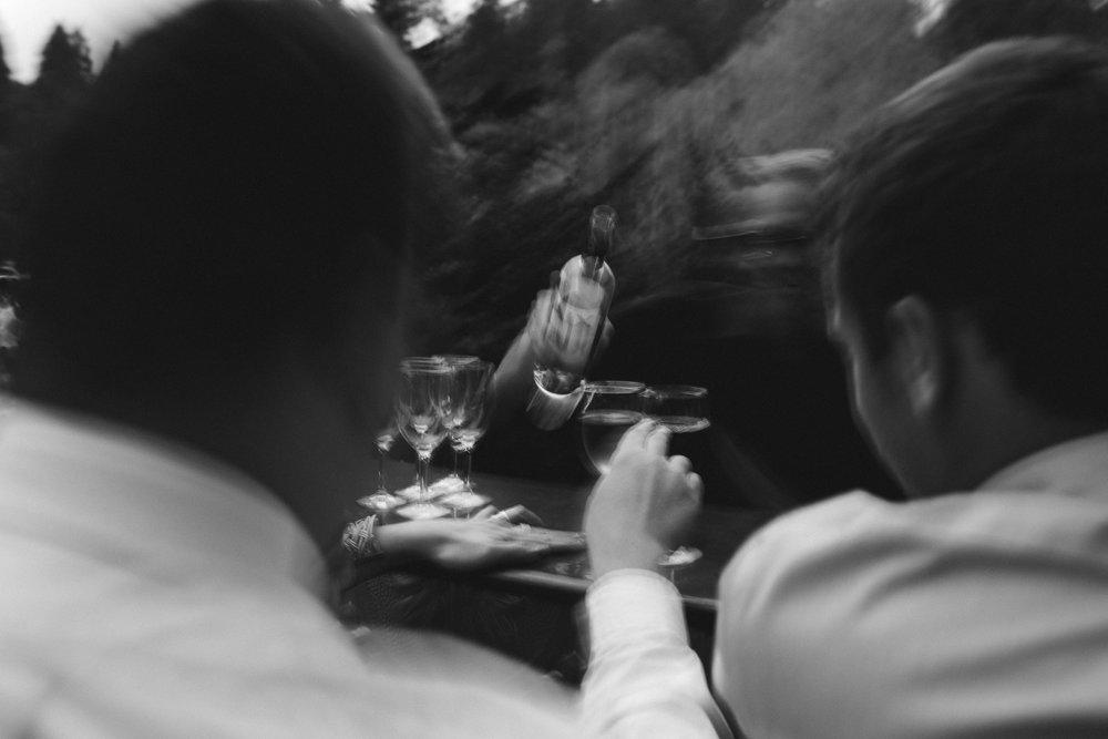 BEST_CHICAG_WEDDING_PHOTOGRAPHER_ZOE_RAIN_-127.jpg