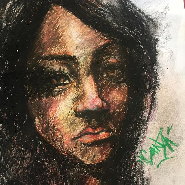 Detail.... damn, these things are hard to work with!! #excuses Today's #99centstore bust...#cheapartsupplies. 😂😂😂 #ganzaart  #ganza $2.00 set up #sketchbook #sketch #sketches #oilpastel
