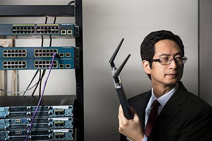 Carleton Prof. Richard Yu