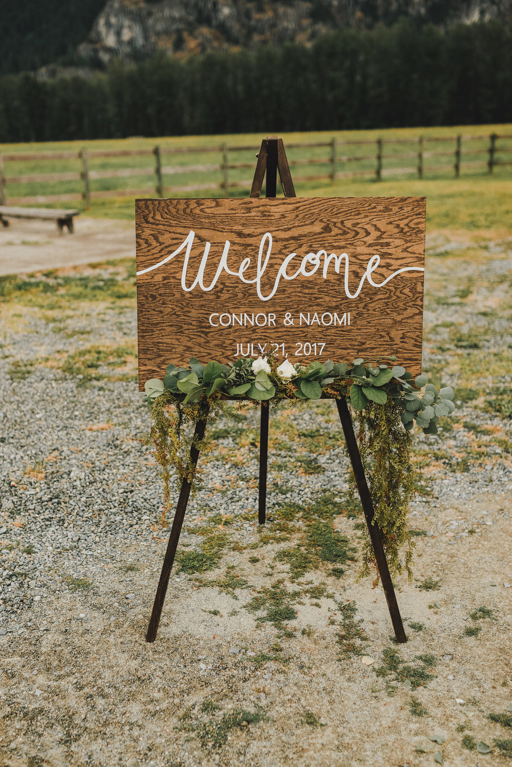pemberton-riverlands-equestrian-red-barn-wedding (10 of 79).jpg