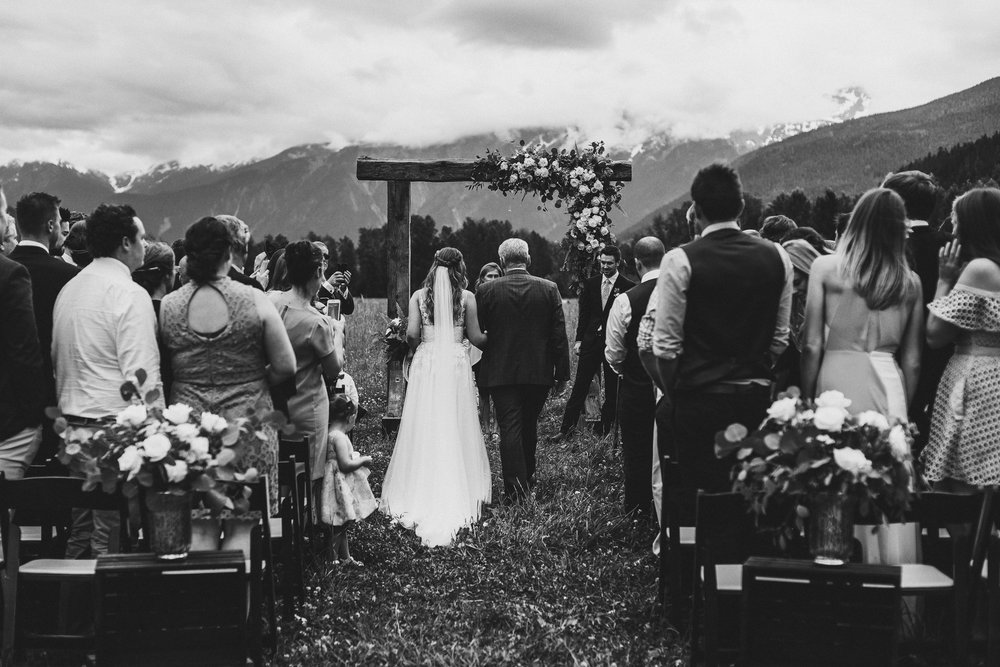 pemberton-riverlands-equestrian-red-barn-wedding (23 of 79).jpg