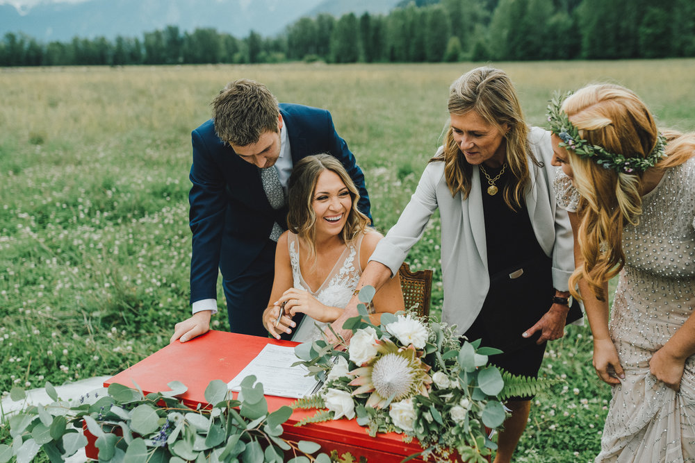pemberton-riverlands-equestrian-red-barn-wedding (30 of 79).jpg