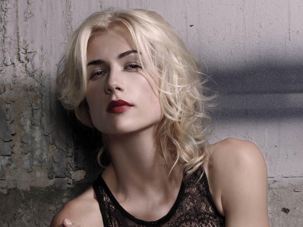Long-Blonde-3-1500.jpg