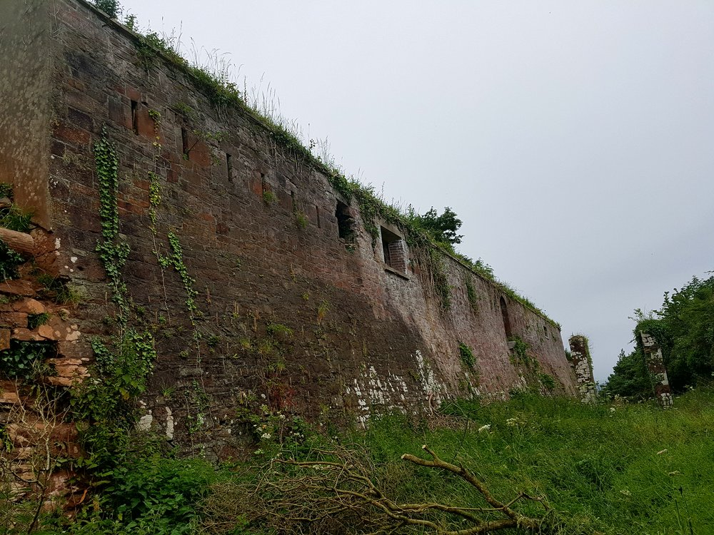 Redoubt 5 at Maker Heights, owned by the Rame Conservation Trust, dates from the American War of Independence being subsequently extended and reinforced during the Napoleonic War to protect Plymouth Sound from enemy attack