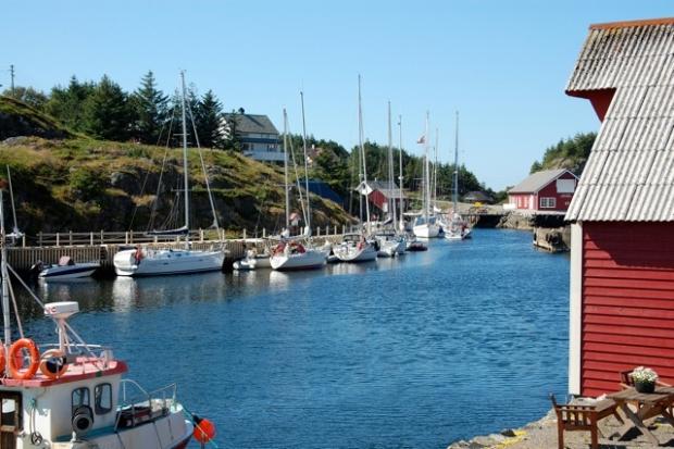 Værlandet Gjestehavn, Værøyhavna